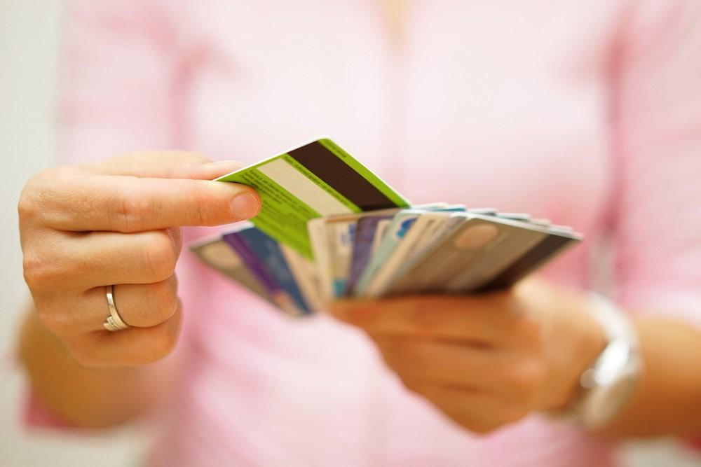 Отказ сменить зарплатный банк наказывается штрафом